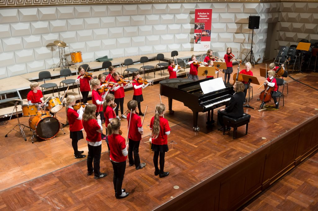 Foto Abschlusskonzert des hessischen Schulmusik-Wettbewerbs im Kurhaus Wiesbaden